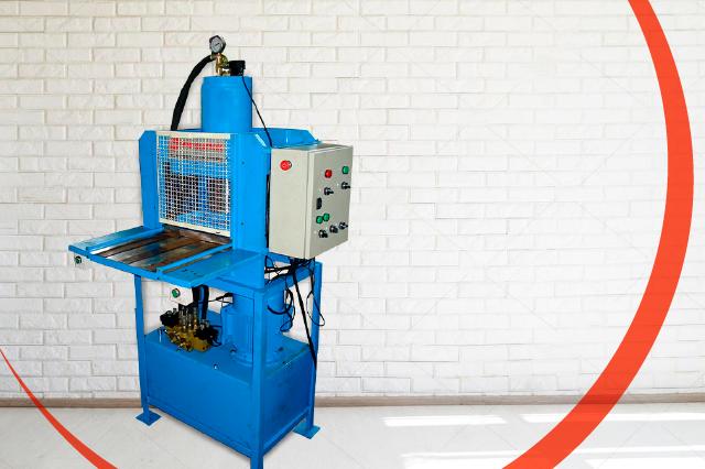 Projetamos e fabricamos máquinas hidráulicas personalizadas